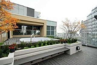 Photo 2: 11 St Joseph St Unit #1512 in Toronto: Bay Street Corridor Condo for lease (Toronto C01)  : MLS®# C3974299