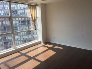 Photo 4: 11 St Joseph St Unit #1512 in Toronto: Bay Street Corridor Condo for lease (Toronto C01)  : MLS®# C3974299