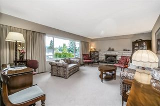 Photo 3: 1600 EDEN Avenue in Coquitlam: Central Coquitlam House for sale : MLS®# R2234330