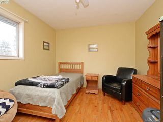 Photo 11: 824 orono Ave in VICTORIA: La Langford Proper Single Family Detached for sale (Langford)  : MLS®# 780409