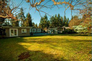 Photo 3: 13871 18 Avenue in Surrey: Sunnyside Park Surrey House for sale (South Surrey White Rock)  : MLS®# R2245433