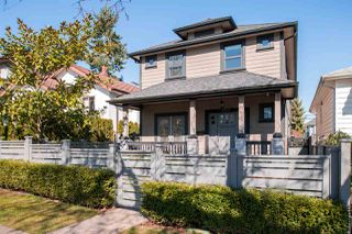 """Photo 1: 2173 CHARLES Street in Vancouver: Grandview VE House 1/2 Duplex for sale in """"COMMERCIAL DRIVE"""" (Vancouver East)  : MLS®# R2246529"""