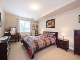"Photo 13: 221 5430 201 Street in Langley: Langley City Condo for sale in ""The Sonnet"" : MLS®# R2257402"