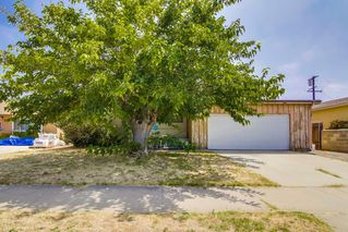 Photo 1: EL CAJON House for sale : 3 bedrooms : 521 Wayne Ave.