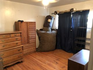 Photo 5: EL CAJON House for sale : 3 bedrooms : 521 Wayne Ave.