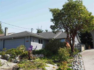 "Photo 20: 5452 KENSINGTON Road in Sechelt: Sechelt District House for sale in ""West Sechelt"" (Sunshine Coast)  : MLS®# R2261374"