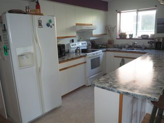 "Photo 7: 5452 KENSINGTON Road in Sechelt: Sechelt District House for sale in ""West Sechelt"" (Sunshine Coast)  : MLS®# R2261374"