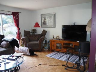 "Photo 5: 5452 KENSINGTON Road in Sechelt: Sechelt District House for sale in ""West Sechelt"" (Sunshine Coast)  : MLS®# R2261374"