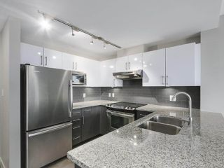 """Photo 1: 807 14 BEGBIE Street in New Westminster: Quay Condo for sale in """"INTERURBAN"""" : MLS®# R2265140"""