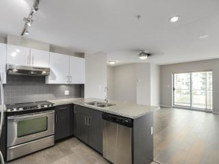 """Photo 2: 807 14 BEGBIE Street in New Westminster: Quay Condo for sale in """"INTERURBAN"""" : MLS®# R2265140"""