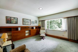 Photo 10: 4743 NEVILLE Street in Burnaby: South Slope House for sale (Burnaby South)  : MLS®# R2272990