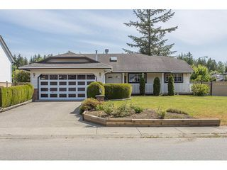 Photo 1: 19814 34A Avenue in Langley: Brookswood Langley House for sale : MLS®# R2273165