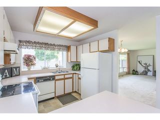 Photo 3: 19814 34A Avenue in Langley: Brookswood Langley House for sale : MLS®# R2273165