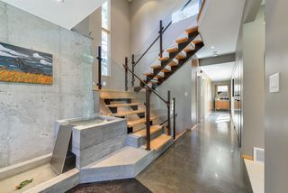 Photo 4: 7143 SASKATCHEWAN Drive in Edmonton: Zone 15 House for sale : MLS®# E4118870