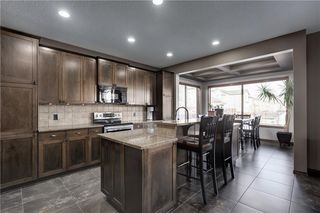 Photo 1: 72 EVEROAK Circle SW in Calgary: Evergreen Detached for sale : MLS®# C4209247