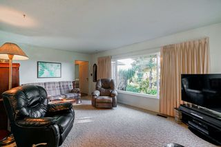 Photo 3: 5257 PATRICK Street in Burnaby: South Slope House for sale (Burnaby South)  : MLS®# R2324705