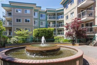 Photo 1: 205 649 Bay St in VICTORIA: Vi Downtown Condo for sale (Victoria)  : MLS®# 802225