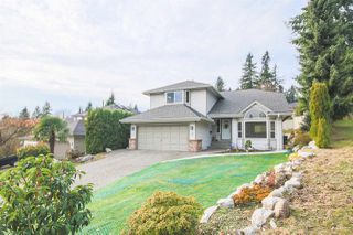 "Main Photo: 1 PARKWOOD Place in Port Moody: Heritage Mountain House for sale in ""HERITAGE MOUNTAINS"" : MLS®# R2325212"
