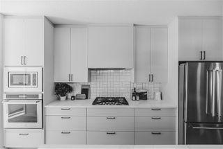 Photo 5: 10413 144 Street in Edmonton: Zone 21 House for sale : MLS®# E4138396