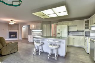 """Photo 2: 18608 54 Avenue in Surrey: Cloverdale BC House for sale in """"Hunter Park"""" (Cloverdale)  : MLS®# R2328528"""