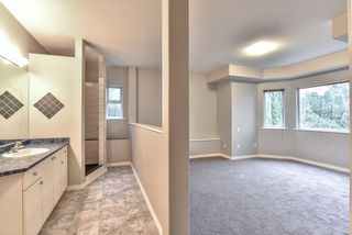 """Photo 7: 18608 54 Avenue in Surrey: Cloverdale BC House for sale in """"Hunter Park"""" (Cloverdale)  : MLS®# R2328528"""
