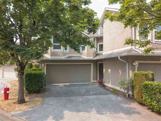 """Main Photo: 5 16128 86 Avenue in Surrey: Fleetwood Tynehead Townhouse for sale in """"Parc Seville"""" : MLS®# R2332859"""