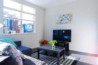 "Photo 7: 43 8473 163 Street in Surrey: Fleetwood Tynehead Townhouse for sale in ""ROCKWOODS"" : MLS®# R2335819"
