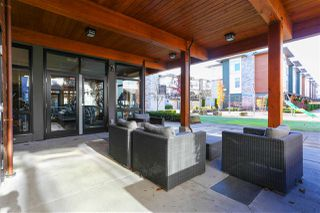 "Photo 2: 43 8473 163 Street in Surrey: Fleetwood Tynehead Townhouse for sale in ""ROCKWOODS"" : MLS®# R2335819"