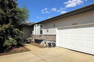 Photo 1: 9015 187 Street in Edmonton: Zone 20 House for sale : MLS®# E4142746