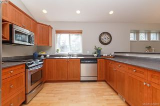 Photo 14: 1 96 Talcott Rd in VICTORIA: VR Hospital House for sale (View Royal)  : MLS®# 806873
