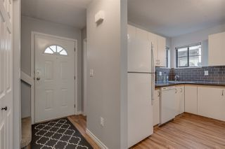 """Photo 3: 40 98 BEGIN Street in Coquitlam: Maillardville Townhouse for sale in """"LE PARC"""" : MLS®# R2354720"""