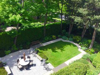 """Photo 20: 403 2108 W 38TH Avenue in Vancouver: Kerrisdale Condo for sale in """"The Wilshire"""" (Vancouver West)  : MLS®# R2355468"""