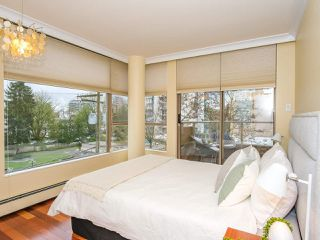 "Photo 14: 403 2108 W 38TH Avenue in Vancouver: Kerrisdale Condo for sale in ""The Wilshire"" (Vancouver West)  : MLS®# R2355468"