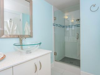 "Photo 16: 403 2108 W 38TH Avenue in Vancouver: Kerrisdale Condo for sale in ""The Wilshire"" (Vancouver West)  : MLS®# R2355468"