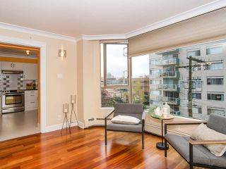 "Photo 10: 403 2108 W 38TH Avenue in Vancouver: Kerrisdale Condo for sale in ""The Wilshire"" (Vancouver West)  : MLS®# R2355468"