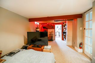 Photo 16: 517 W 23RD Street in North Vancouver: Central Lonsdale House for sale : MLS®# R2374741