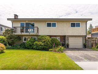 Main Photo: 5802 CRESCENT Drive in Delta: Hawthorne House for sale (Ladner)  : MLS®# R2378751