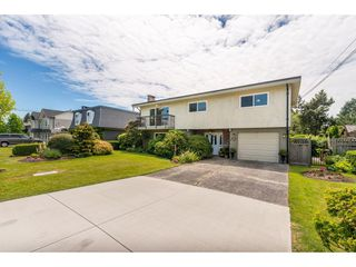 Photo 2: 5802 CRESCENT Drive in Delta: Hawthorne House for sale (Ladner)  : MLS®# R2378751