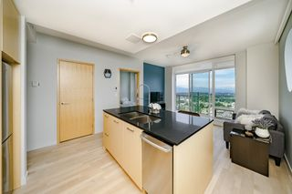 "Photo 10: 4605 13495 CENTRAL Avenue in Surrey: Whalley Condo for sale in ""3 Civic Plaza"" (North Surrey)  : MLS®# R2379820"