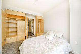 "Photo 13: 4605 13495 CENTRAL Avenue in Surrey: Whalley Condo for sale in ""3 Civic Plaza"" (North Surrey)  : MLS®# R2379820"