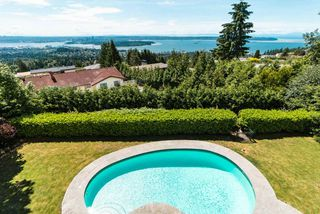 "Photo 1: 1448 CHARTWELL Drive in West Vancouver: Chartwell House for sale in ""CHARTWELL"" : MLS®# R2380659"