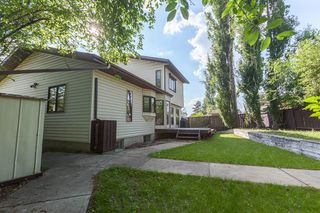 Photo 4: 1861 104A Street in Edmonton: Zone 16 House for sale : MLS®# E4162121