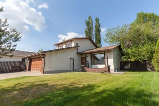 Photo 2: 1861 104A Street in Edmonton: Zone 16 House for sale : MLS®# E4162121