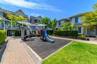 Photo 2: 38 7370 STRIDE Avenue in Burnaby: Edmonds BE Townhouse for sale (Burnaby East)  : MLS®# R2385360