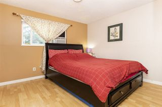 Photo 7: 15074 88 Avenue in Surrey: Bear Creek Green Timbers House for sale : MLS®# R2387481