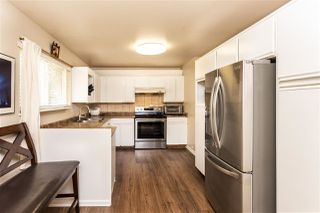 Photo 6: 15074 88 Avenue in Surrey: Bear Creek Green Timbers House for sale : MLS®# R2387481