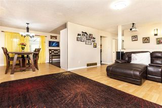 Photo 3: 15074 88 Avenue in Surrey: Bear Creek Green Timbers House for sale : MLS®# R2387481
