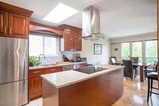 """Photo 7: 249 ANGELA Drive in Port Moody: College Park PM House for sale in """"College Park"""" : MLS®# R2387582"""