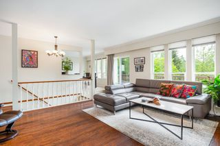 """Photo 4: 249 ANGELA Drive in Port Moody: College Park PM House for sale in """"College Park"""" : MLS®# R2387582"""