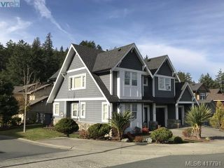 Photo 10: 2158 Stone Gate in VICTORIA: La Bear Mountain Single Family Detached for sale (Langford)  : MLS®# 417791